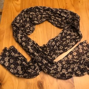 Anerican Eagle Brown Floral Scarf